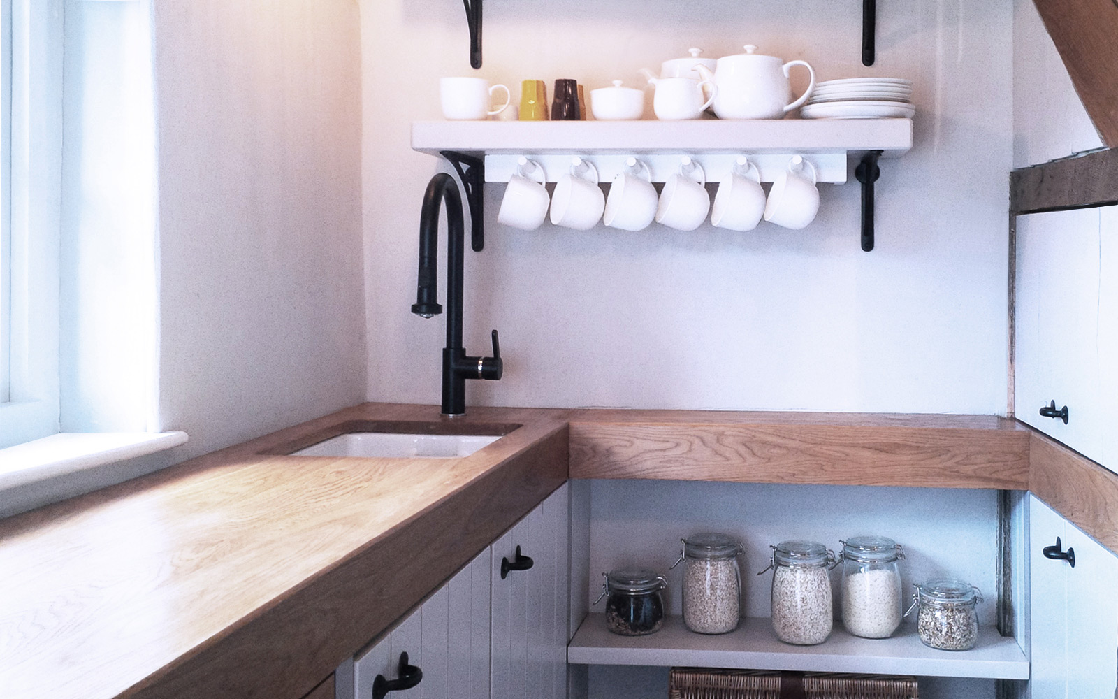 country house kitchen view 2
